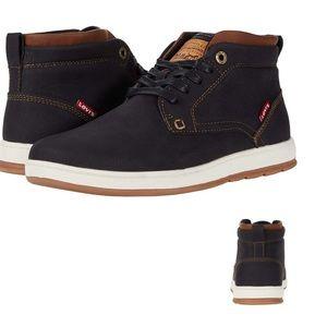 NWOT Levi's Goshen 2 Waxed High Top Shoes. Sz 7